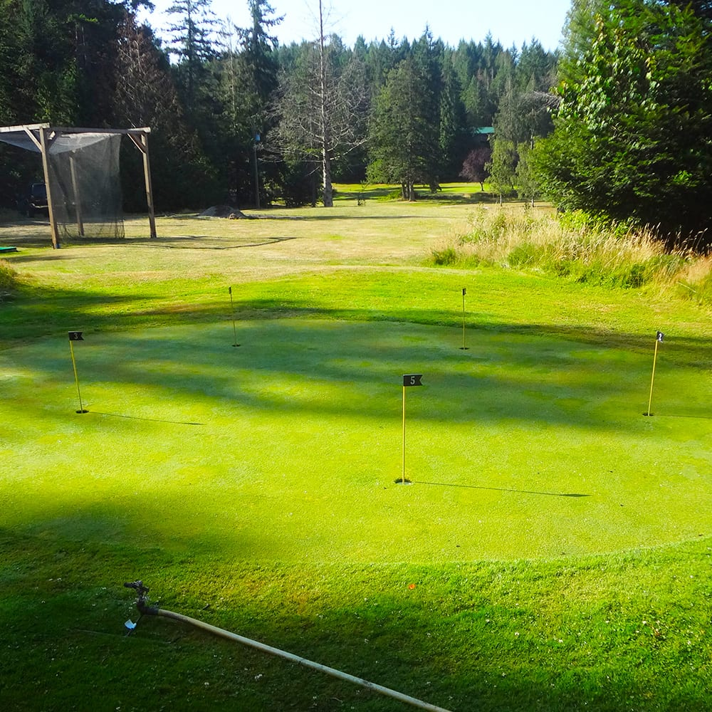 Practice your putt at Galiano Golf and Country Club
