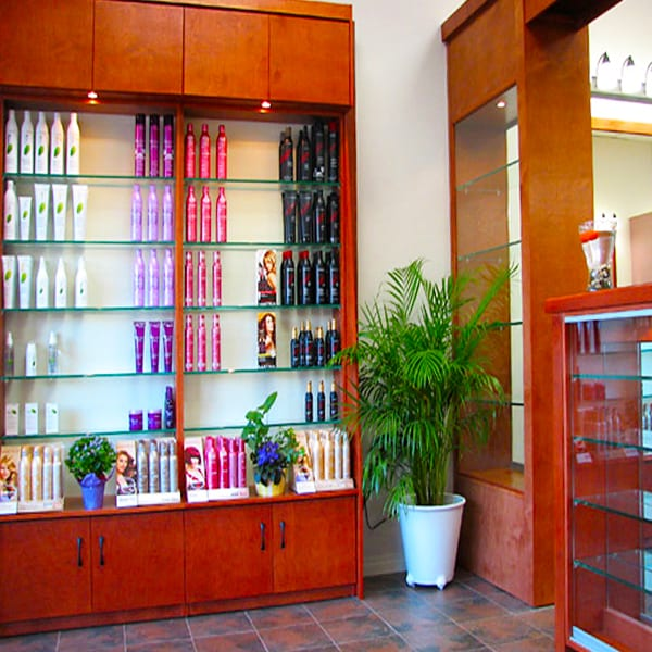 Commercial display shelving and cabinets